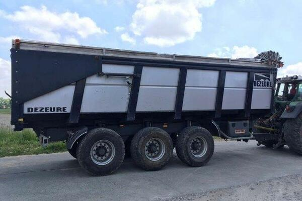 Tipping trailer Dezeure