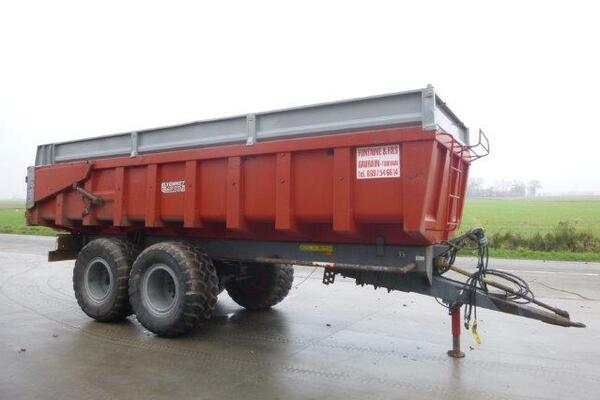 Tipping trailer Lyonnet